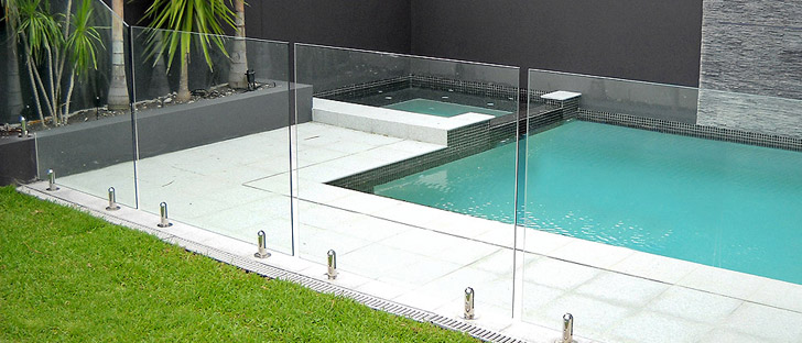 Your Glass Pool Fencing Specialist On The Gold Coast